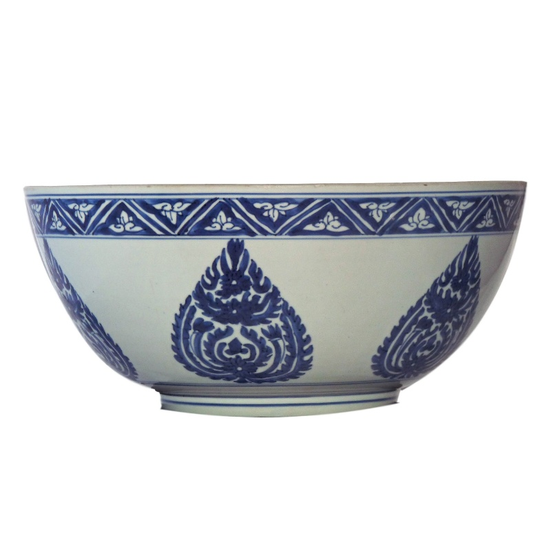 Ming Blue and White Porcelai n Bowl